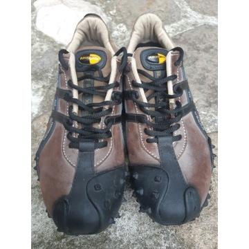 Buty wspinaczkowe do wspinaczki YUKON 360 mod. 608