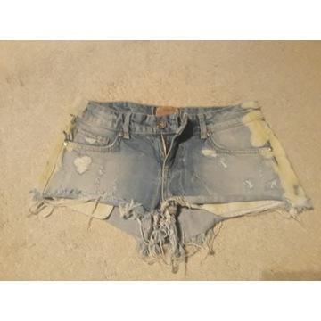 Szorty jeansowe Bershka XS