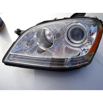 Lampa lewa Mercedes ML W164 USA