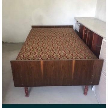 Meble vintage, łóżko i stolik nocny