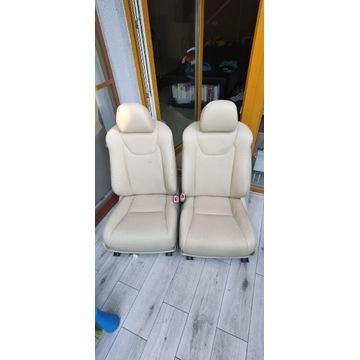 Fotele Lexus RX