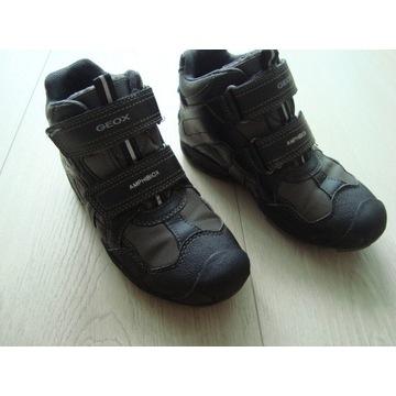 Geox buty sneakersy rozmiar 33 jesień / zima