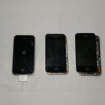 3 x iPhone 3GS na części lub do naprawy