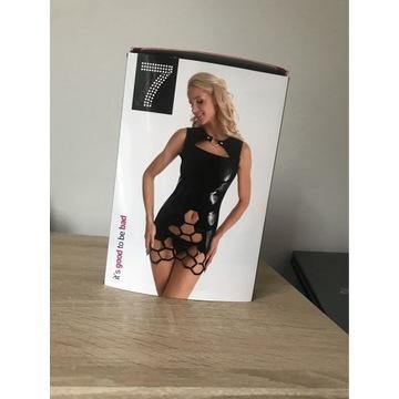 Lateksowa seksowna sukienka