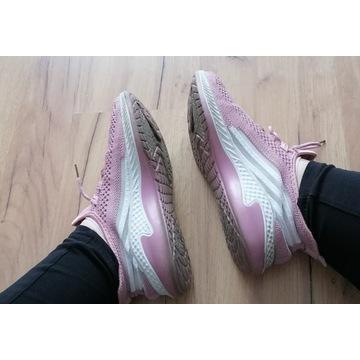 buty adidasy różowe noszone używane fetysz stóp