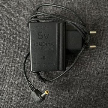 Oryginalna ładowarka Sony PSP