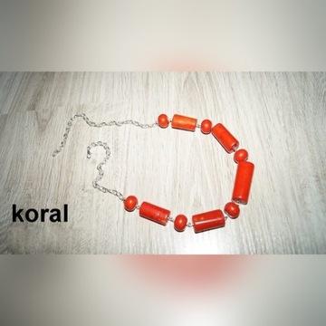 korale koral naturalny / howlit