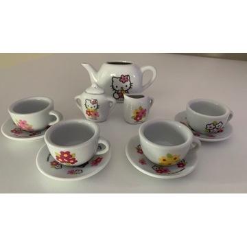 Zestaw porcelanowy Hello Kitty do herbaty SMOBY
