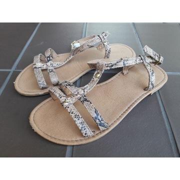 Sandałki dla dziewczynki roz. 33