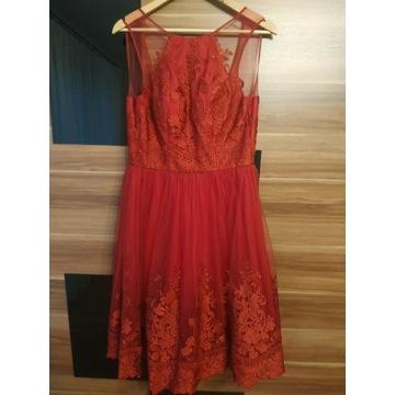 Bordowa sukienka Chi Chi London