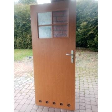 drzwi lazienkowe x 2,1 xprawe i 1x lewe,uzywane