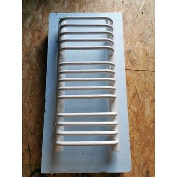 Grzejnik łazienkowy 350 x 770mm