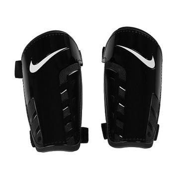 Nagolenniki, ochraniacze piłkarskie Nike