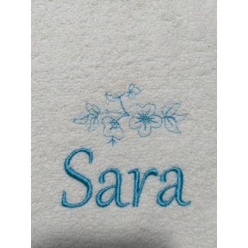 Ręcznik 30x50 z haftem imienia Sara upominek