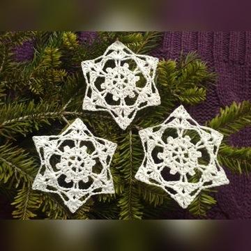 szydełkowe gwiazdki śnieżynki bombki aniołki