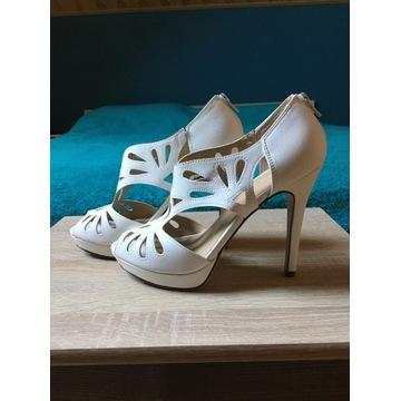 Białe szpilki ażurowe sandały Graceland r. 38