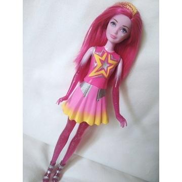 Barbie Gwiezdna Przyjaciółka, Gwiezdna Przygoda