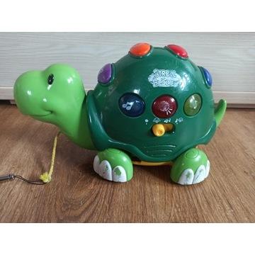 Żółw gra świeci jeździ
