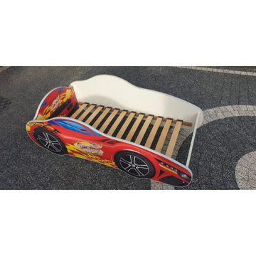 Łóżko dziecięce samochód stan bardzo dobry
