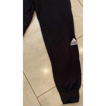 Adidas ZNE  dresowe spodnie, bawełna joggery S/M