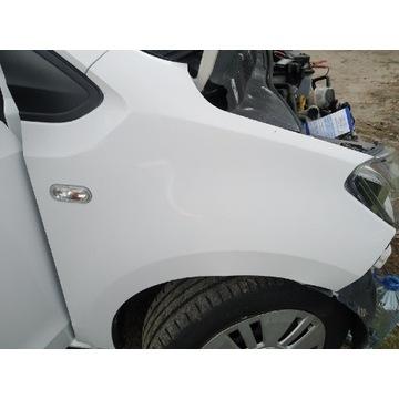 Błotnik prawy przedni VW up stan idealny LB9A