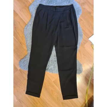 Eleganckie czarne spodnie Alladynki M Reserved