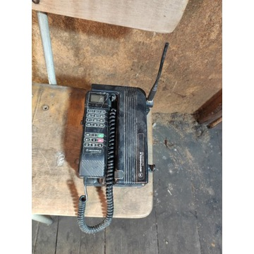 Bardzo stare telefony komórkowe NOKIA i Motorola