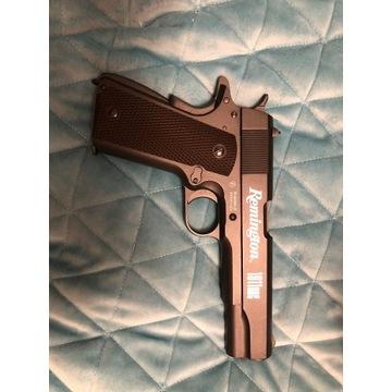 Pistolet wiatrówka Remington 1911 gazówka