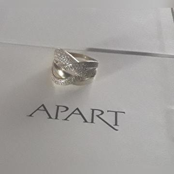 Złoty pierścionek z cyrkoniami próba 585