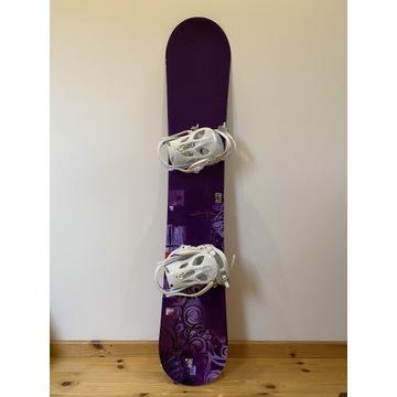 Deska snowboardowa K2 Skyla 155 cm + wiązania
