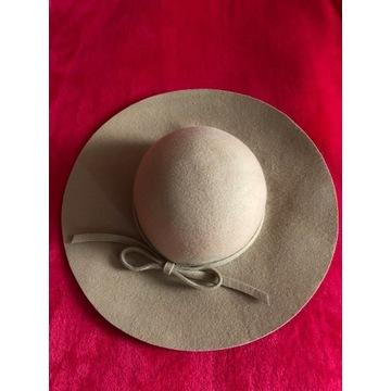 kapelusz beżowy wełniany RESERVED rozm. S