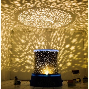 Lampka nocna projektor gwiazd