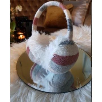 Nauszniki modny wzór futro futrzane kratka paski