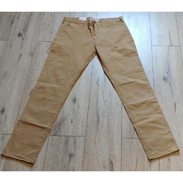 Spodnie chinosy Big Star
