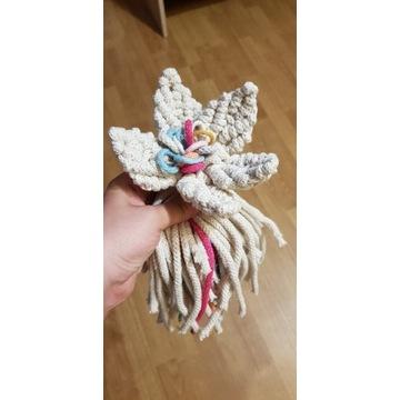 Kwiaty ze sznurka