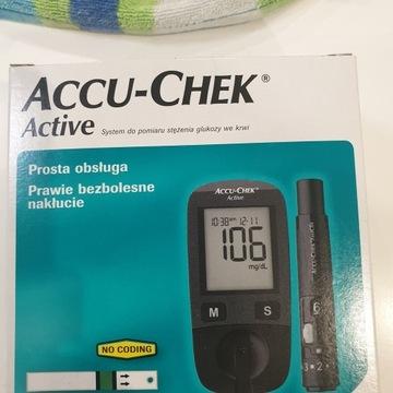 Glukometr Accu-Chek Active
