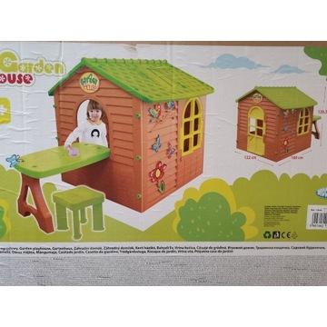 Domek ogrodowy -Mochtoys Domek mały ze stolikiem