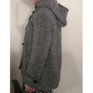 Ciepły płaszcz z wełną. Kaptur. jesień/zima