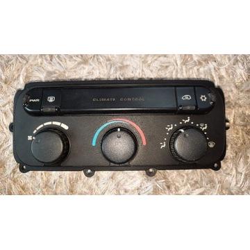 Panel klimatyzacji Chrysler Voyager IV  05005001AF
