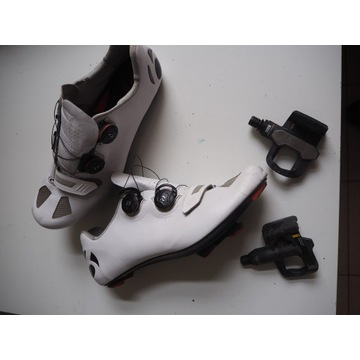 Bontrager piękne białe buty szosowe roz 44-45