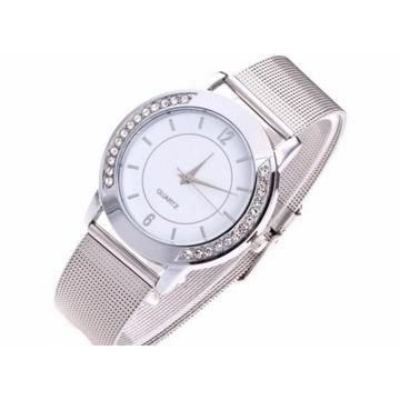 Elegancki zegarek damski z cyrkoniami