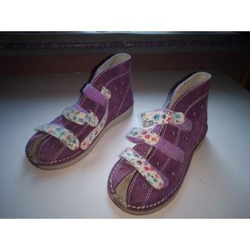 Buciki Adamki sandałki buty profilaktyczne