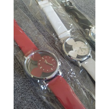 Zegarek kwarcowy damski Miki