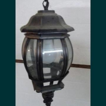 Lampa zewnętrzna