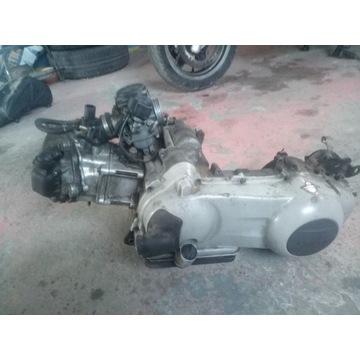 Silnik Piaggio x9 200