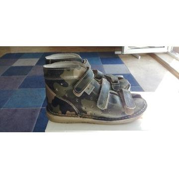 Kapcie Danielki skórzane obuwie profilaktyczne R31