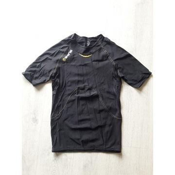 Koszulka kompresyjna firmy Skins A-400, rozmiar L