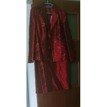 bordowa prosta sukienka + żakiet