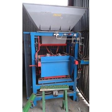 Wibroprasę SVP250 do produkcji kostki brukowej
