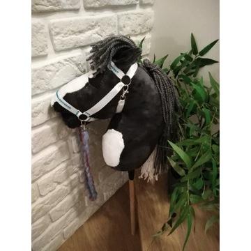 Hobby Horse / Koń na kiju